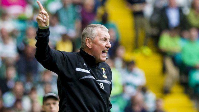 Terry Butcher dirige con acierto al Inverness.