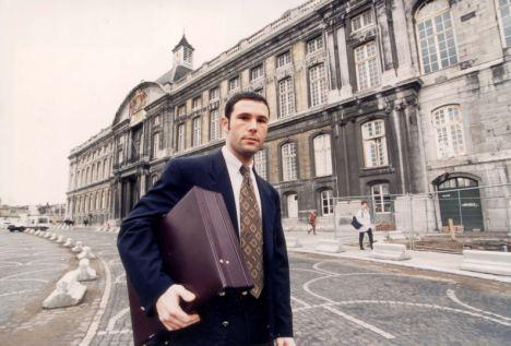 Bosman an seinem Eingang zum Hof das 15 Dezember 1995.