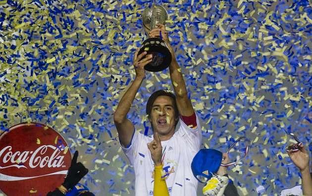 Lucas Lobos es un ídolo para los aficionados de Tigres.
