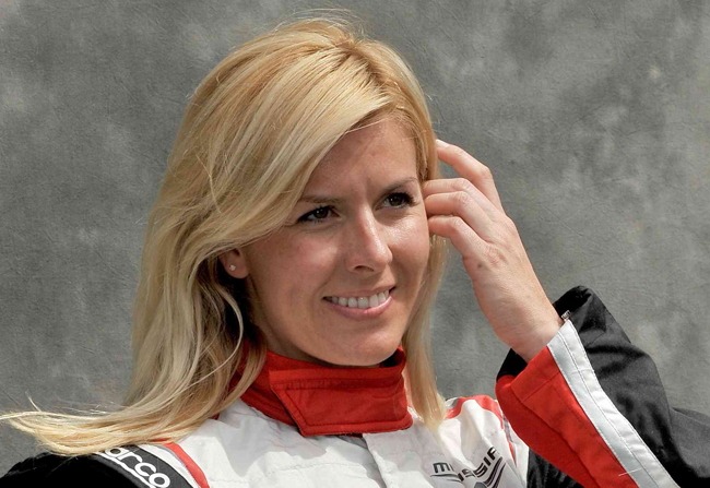 Image of María de Villota before his accident. Today 11/10/2013 has died. Rest in peace.
