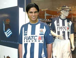 Mikel Arteta is a great player but curiously not achieved never succeed in Spain.