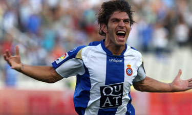 Jonathan Soriano celebrating a goal with Espanyol.