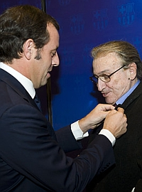 Rosell gave the almeriense the gold badge and bright Barcelona.