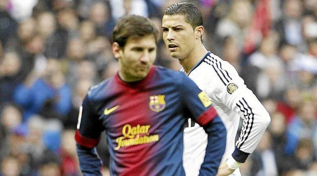 Messi y Ronaldo se enfrentaron en algún que otro balón dividido.