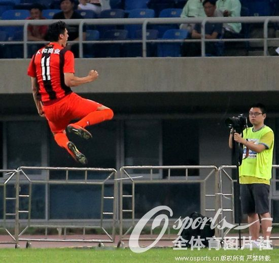 China se ha rendido a los goles de Rafa Jordà.