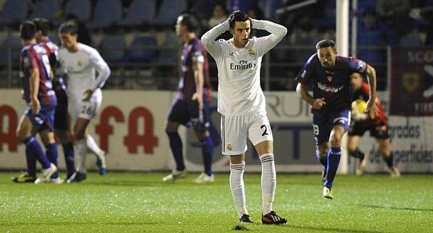 El Eibar se dio un festín a costa de un triste Real Madrid Castilla.