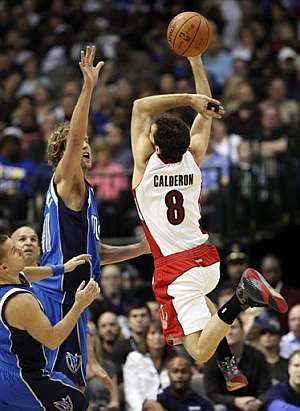 """Calderón y """"Robin Hood"""" Nowitzki jugarán por primera vez juntos en la NBA."""