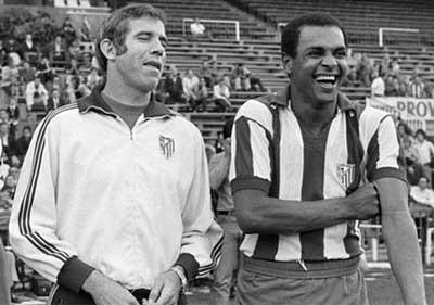 Luis Aragonés junto a Luiz Pereira ya hace muchos muchos años.