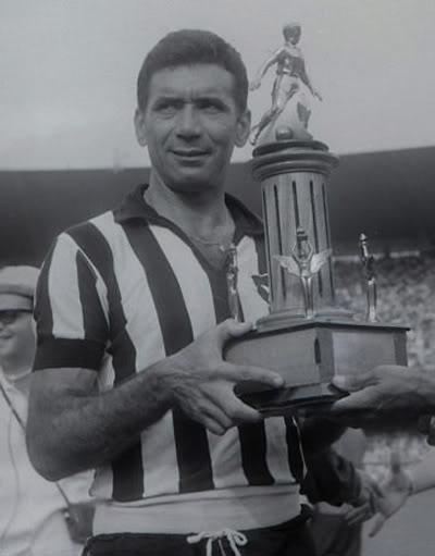 Nilton Santos ganó cuatro campeonatos cariocas con Botafogo.