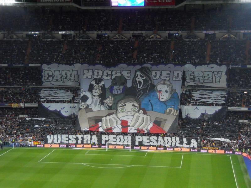 Impresionante Tifo de los Ultra Sur en el Bernabéu.