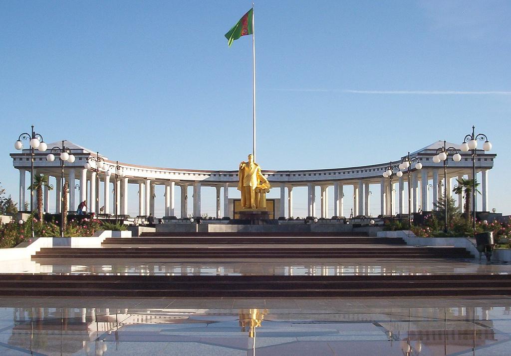 Turkmenistán, cuando el fútbol no existe