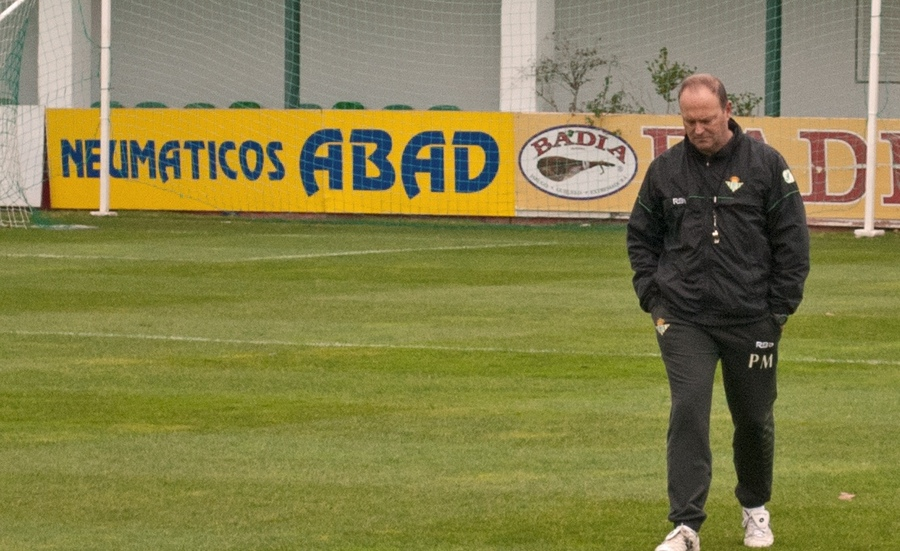 Betis is wrong from beginning to end with Pepe Mel