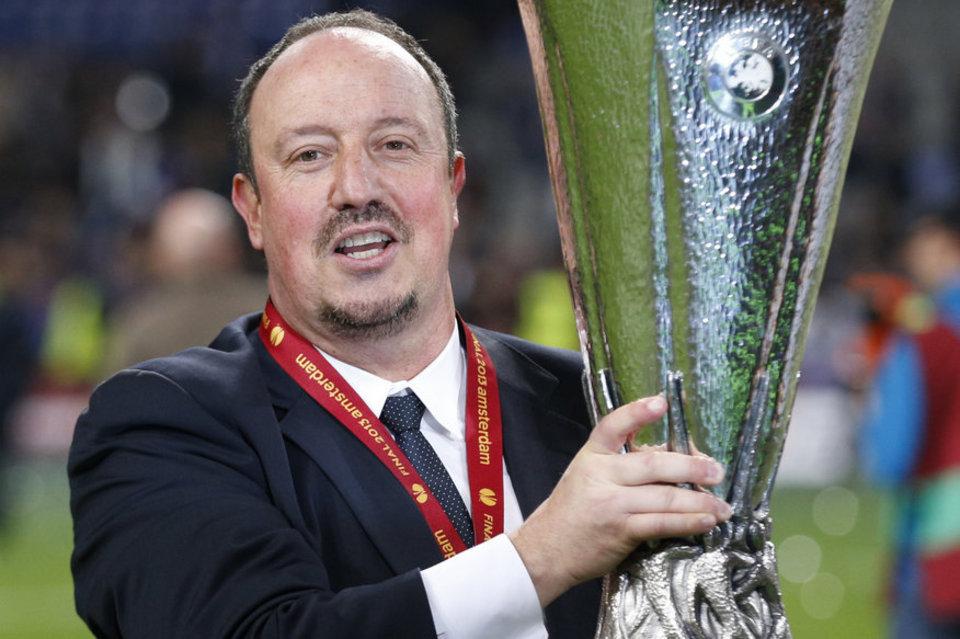 Ganar la Europa League suele ser contraproducente para Benítez. Significa siempre su adiós.