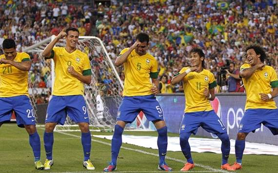 If something does not lose Brazil, is the rhythm.
