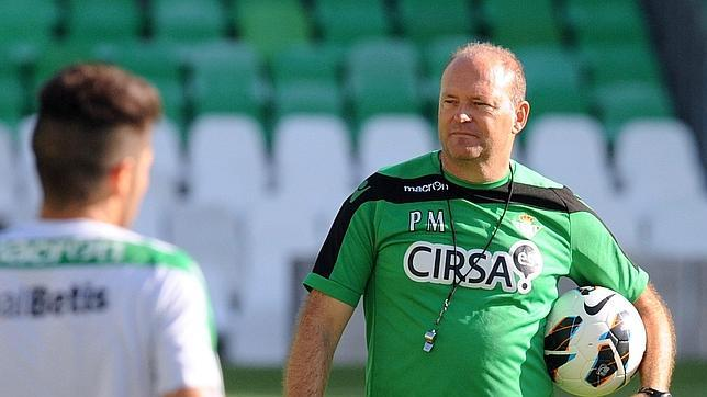It was useless to play well and classify the team in Europe. Pepe Mel has been laid off.