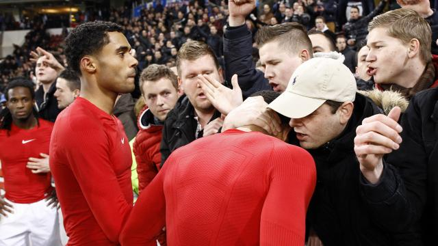 PSV players apologized to fans.