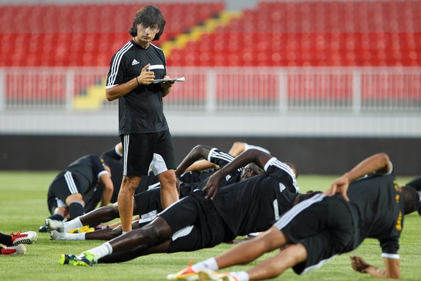 Catalan coach in full training with the Moldovan team. FC Sheriff Tiraspol