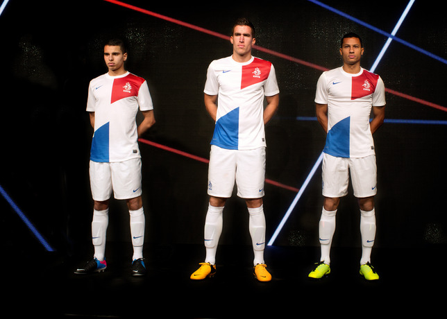 That Guise will be the second uniform Holland in the World.
