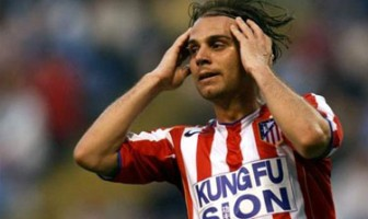 Richard Nuñez had a fleeting step by Atletico Madrid.