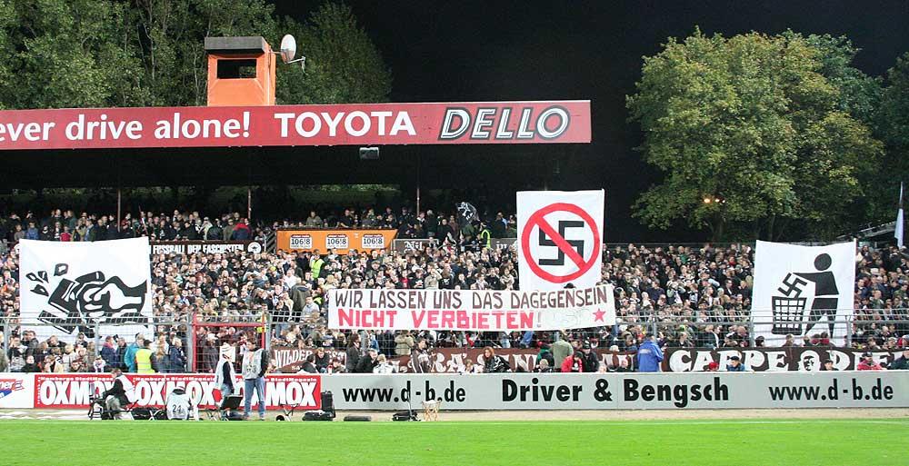 La afición del St Pauli es antifascista y lo demuestra en cada partido.