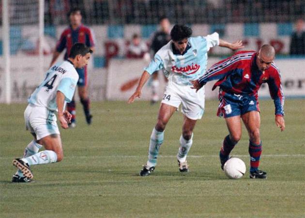 ¿Es el de Compostela, el mejor gol de estos 86 años de historia de la Liga?
