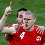 The signing of Philippe Senderos becomes a social phenomenon