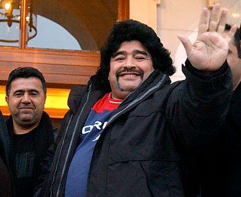 Maradona vivó una noria en su vida personal debido a los temas que todo el mundo sabe. Llegó a estar apunto de explotar.