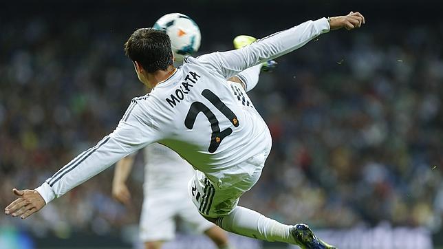 Morata no está teniendo la misma suerte con la camiseta del Real Madrid que con la de España.