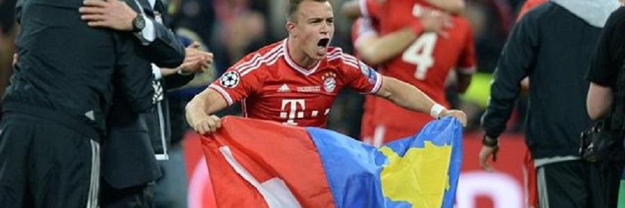 Shaqiri lució las banderas suiza y kosovar en la celebración de la Champions.