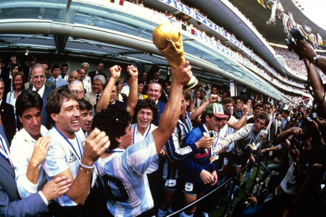 Five things that happened in the world of football 1986