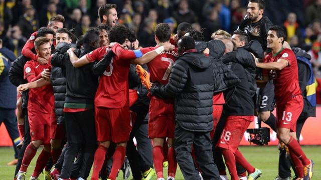 Portugal se clasificó tras una dura repesca frente a Suecia y una exhibición de Cristiano.