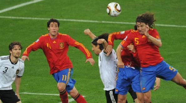 Carles Puyol marcó de cabeza a Alemania en las semifinales del Mundial.