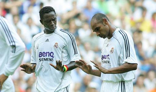 Emerson y Diarra. Llovían melones sobre el Bernabéu.