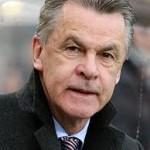 El veterano Ottmar Hitzfeld dirigirá a Suiza en Brasil.