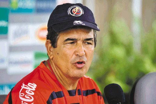 Jorge Luis Pinto is the coach of Costa Rica.