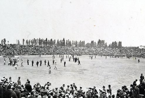 Esta era la imagen que presentaba Mestalla en 1923, año de su inauguración.