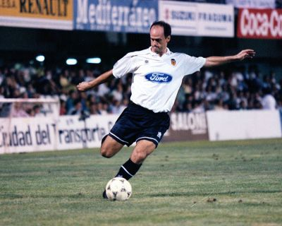 Fernando Gómez fue pieza básica del Valencia de los años 90.