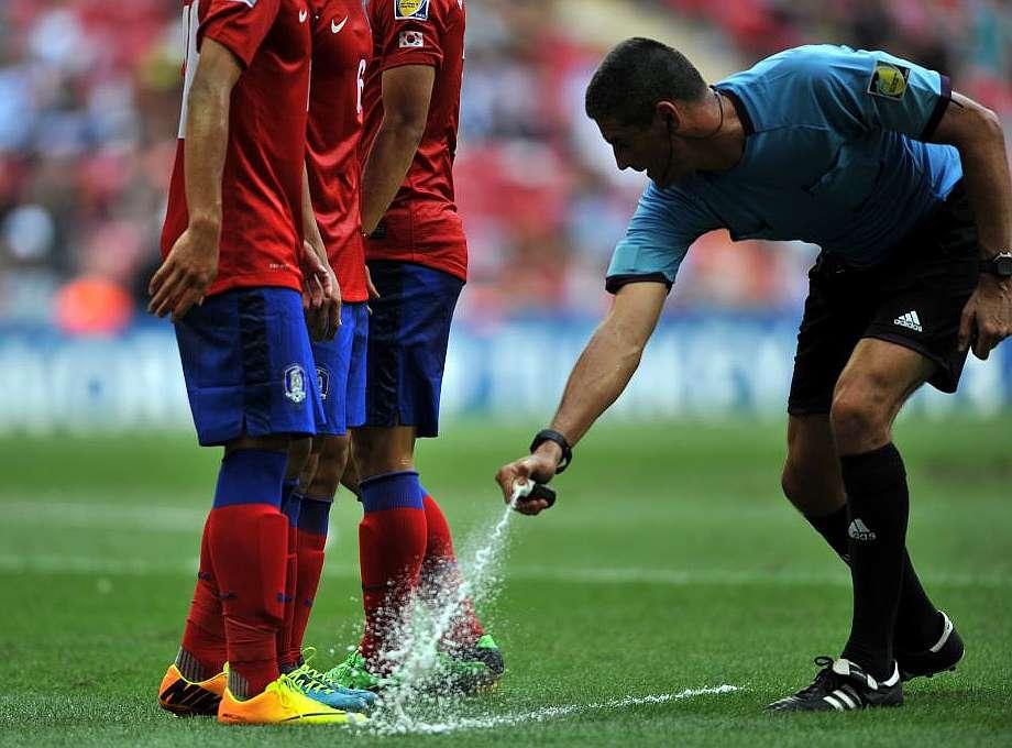 El spray para marcar faltas, una de las innovaciones del Mundial.