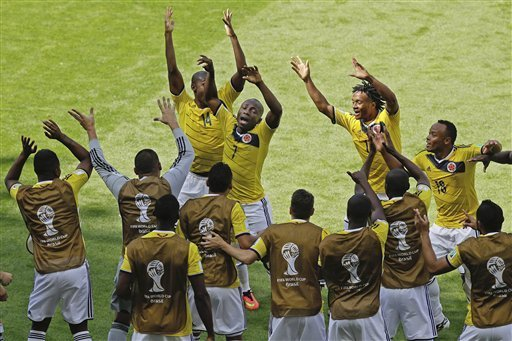 This is how the Colombians celebrated Pablo Armero's first goal.