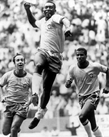 Pele gewann die Weltmeisterschaft in 1962.