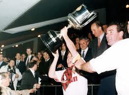 El Zaragoza se llevó la Copa de 1994. Su Majestad mostraba satisfacción.