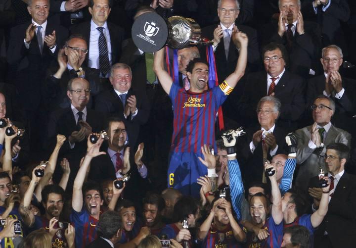 2012, ahora quien sonríe es el Barcelona, que levanta un nuevo título.