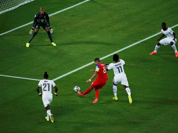 Dempsey anotó el quinto gol más rápido de la historia de los Mundiales. 39 segundos.
