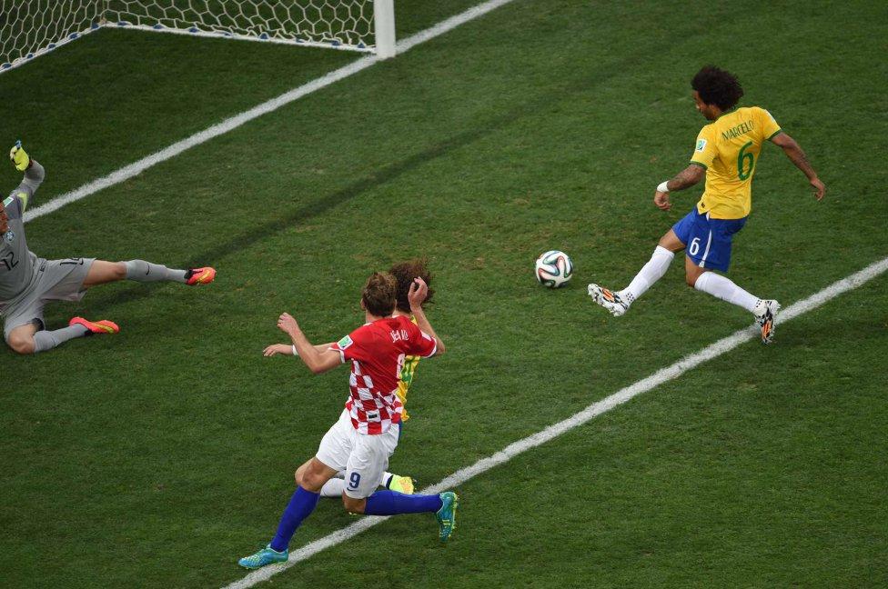 Fue el primer gol del Mundial y fue un autogol de Brasil obra de Marcelo.