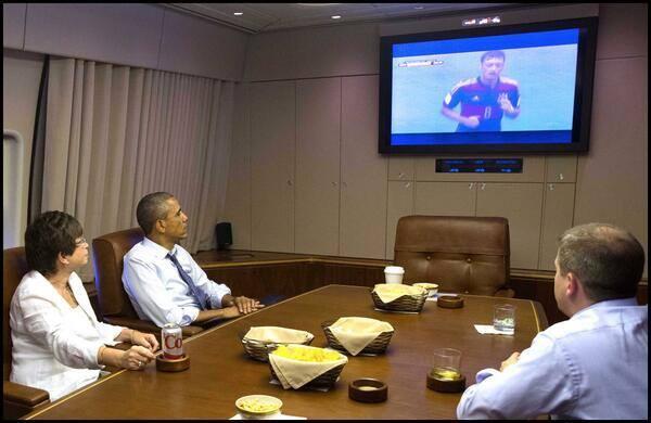 Obama presenció la clasificación de Estados Unidos a octavos.