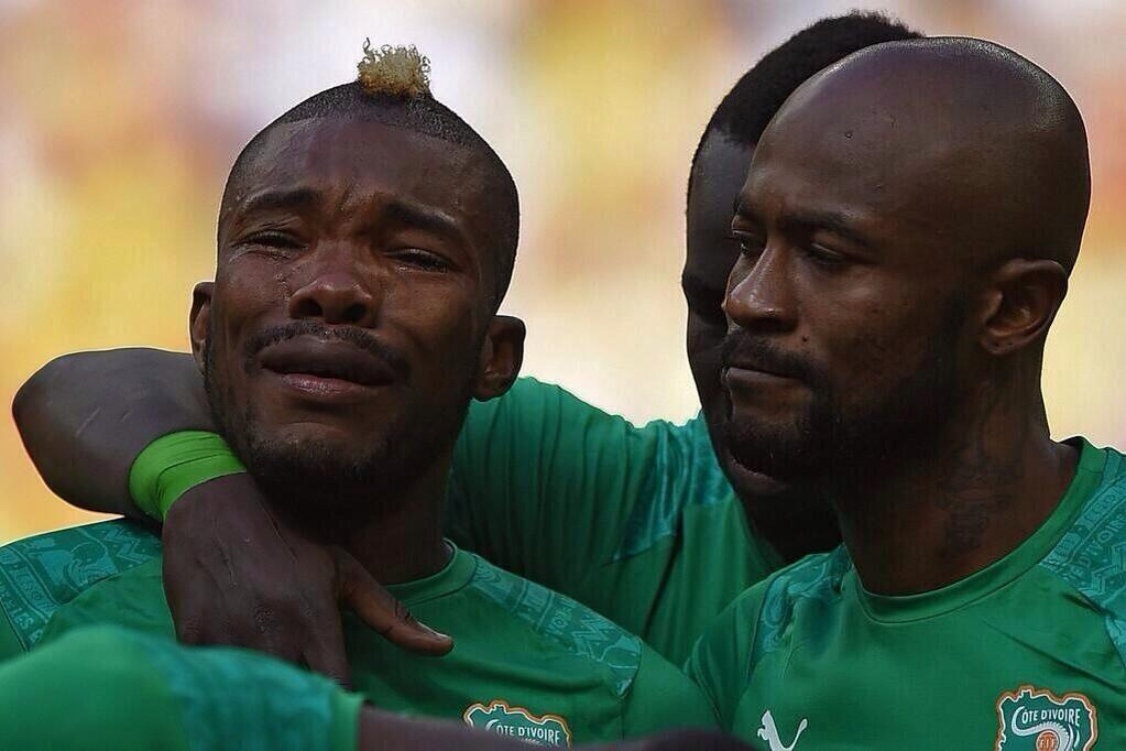Images regret the Ivorian Serey Die, who lost his father hours before playing.