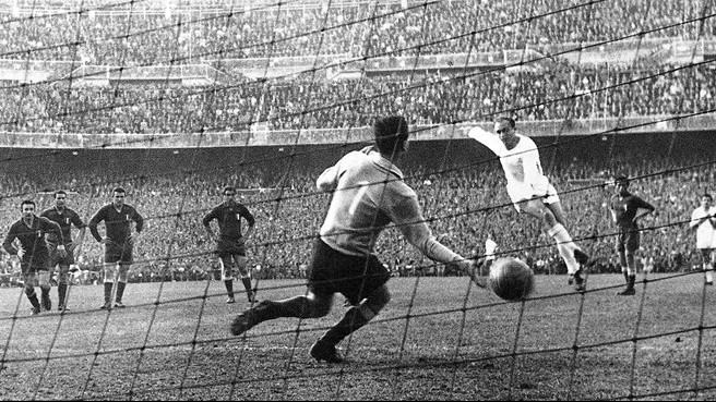 Ten images of life of Alfredo Di Stéfano