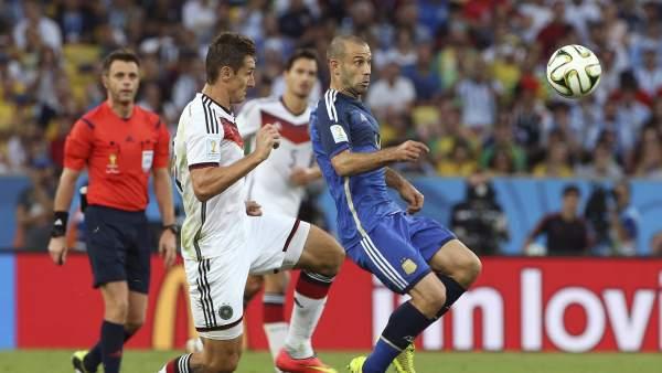 Mascherano fue sin duda el hombre de Argentina aunque FIFA premiara a Messi.
