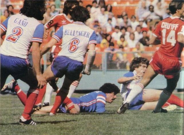 Como otras grandes estrellas de los 70, Cruyff jugó en la NASL norteamericana.