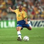 The top five career goals from Roberto Carlos